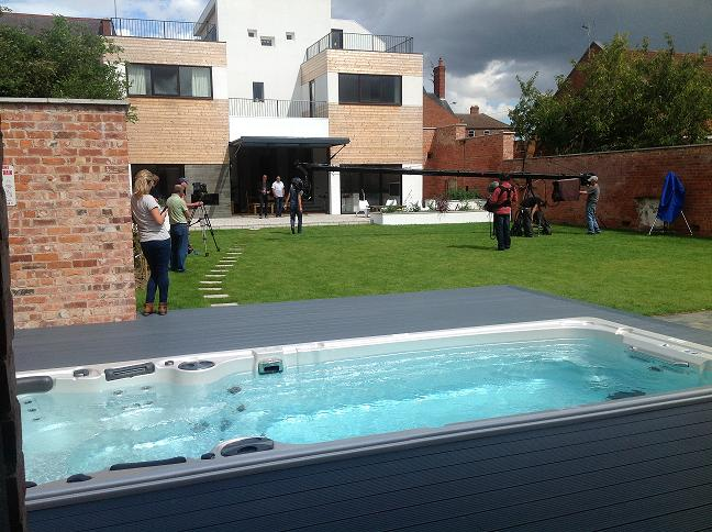 A Hydropool 19' Aqua Trainer Fx, supplied by Crighton's of Peterborough, provided the garden focal point in a recent Grand Designs television programme.