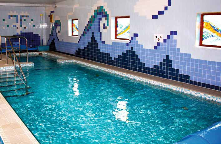 The dg pools difference pool and spa scene - The last picture show swimming pool scene ...