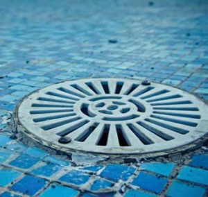 There are estimated to be at least a million pools across Europe with single main drains. Pic for example purposes only.