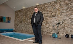 Steve Ainsley specialises in swimming pool tiling
