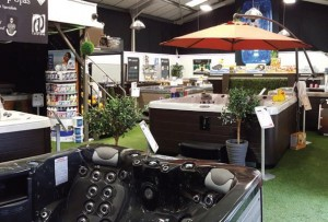The 1 Stop Spas showroom in Billinghay is one of the largest indoor showrooms in the UK and boasts a wide range of high quality spas by Marquis Spas, Vita Spa and Cove Spas.