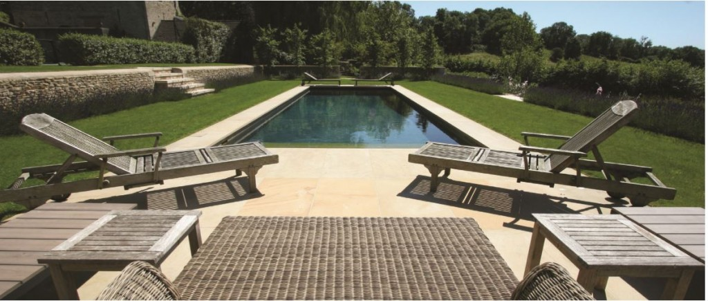 Rio's highly trained service engineers maintain some of the Cotswolds' most prestigious pools.