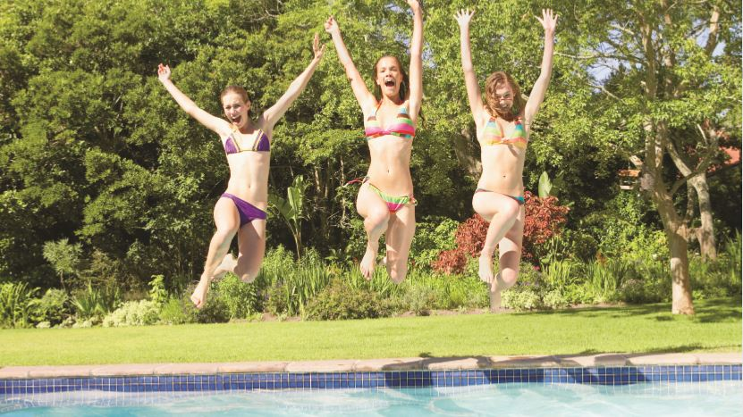 The heatwave we experienced at the beginning of May put a spring in the step of many pool companies who are enjoying a busy start to the season.