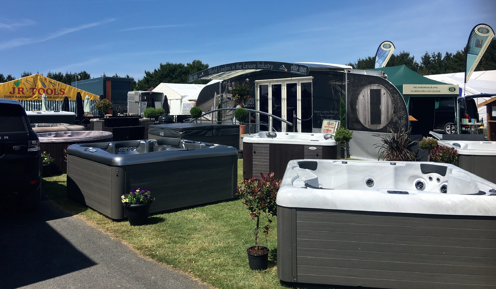 The warm weather heightened interest in the outdoor living lifestyle and its associated products. Pic: Elite Spas