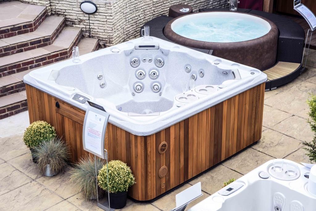 The Hot Tub & Swim Spa Company.
