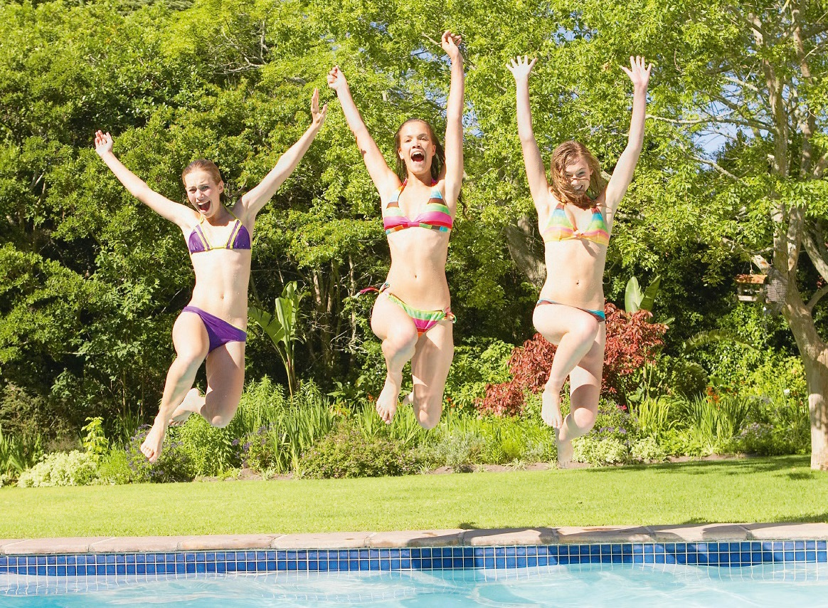 Scientists are predicting a warm year ahead, which will set cash registers ringing for many residential pool companies.