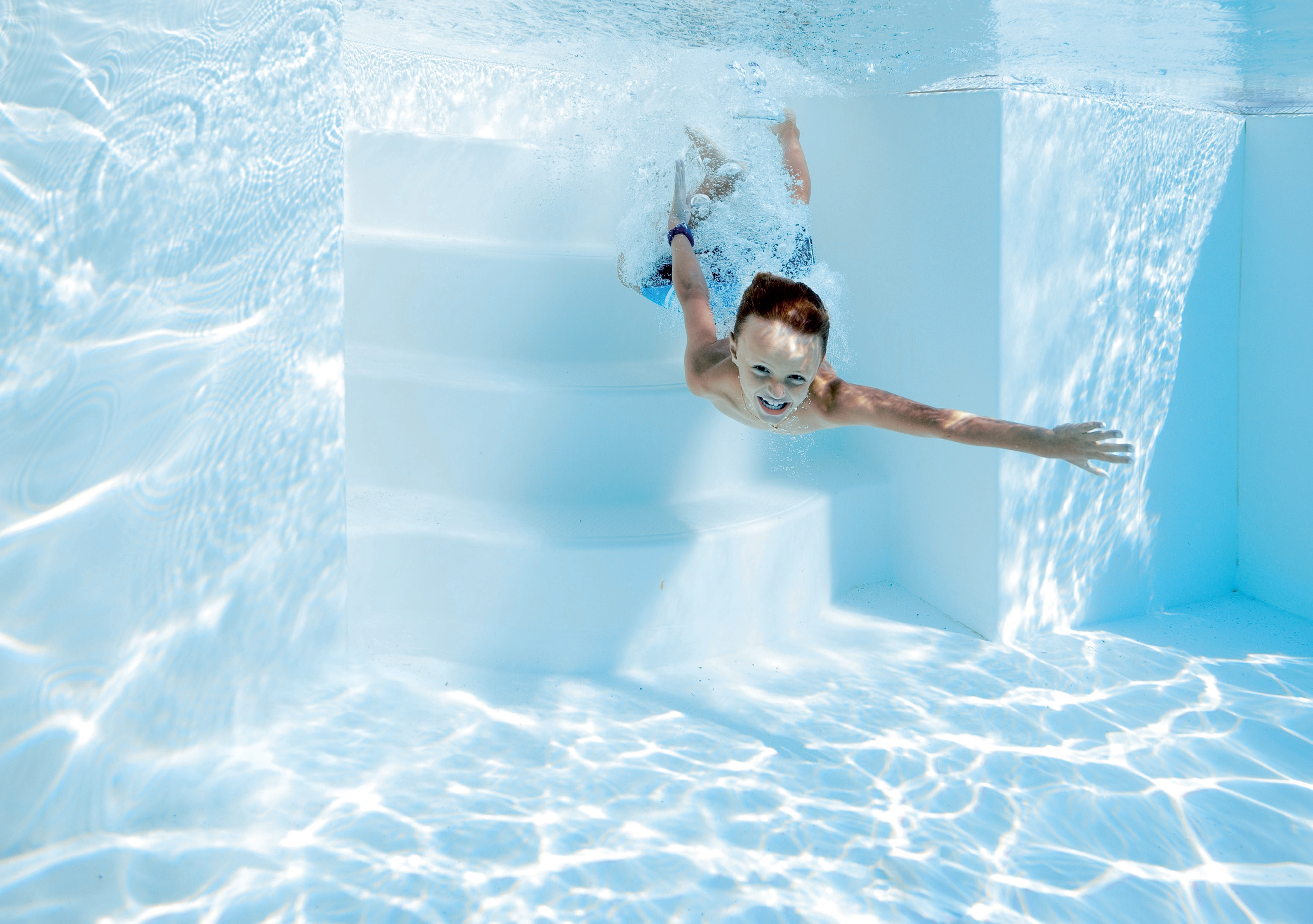 ABOVE: The Daisy disinfection system results in a safer, more pleasant environment for bathers.